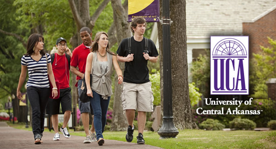 University of Central Arkansas students stroll across UCA campus.