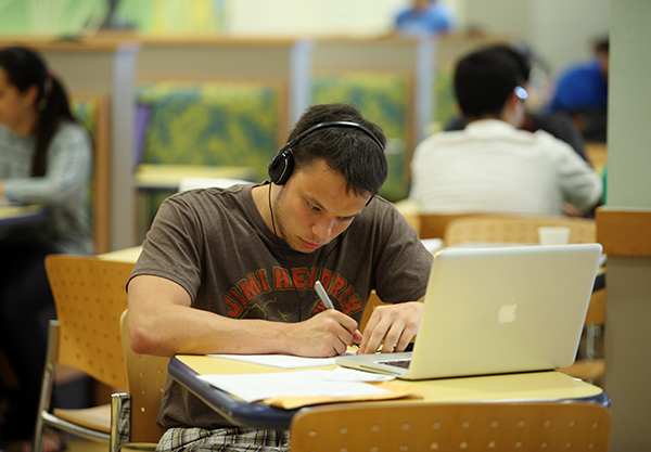 Student_laptop