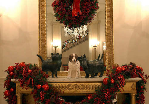 In 2002, Mrs. Laura Bush selected All Creatures Great and Small as the theme to celebrate the joy and comfort pets have brought presidents and their families during their time in the White House. The George W. Bush Presidential Center has re-created that Christmas for their holiday display.