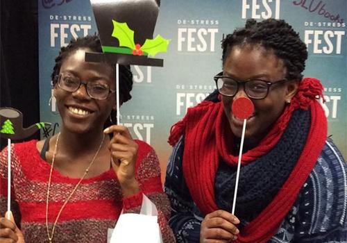 St. Louis U Booksotre De-Stress Fest