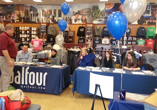Longwood University, located in Farmville, VA, held their Grad Fair allowed students with pickup for their cap, gown, hood, tassel, and diploma frame. Class ring and announcement representatives from Balfour particpated in the fair. The Senior class gave away prizes and Alumni Relations and Career Center answered questions for the prospective grads.