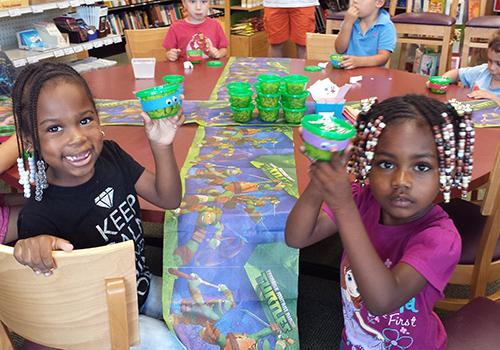 Young fans worked on their Teenage Mutant Ninja Turtle treats at the Buffalo State University Bookstore.