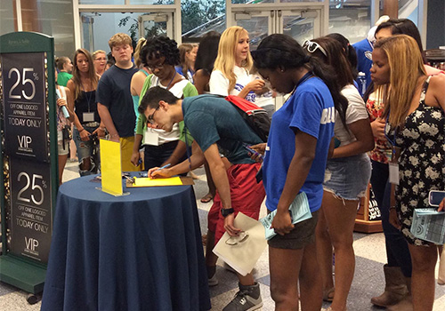 New SCSU students line up to enter a raffle for the New Student VIP Event.