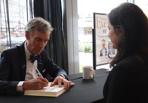 Bill Nye_signing