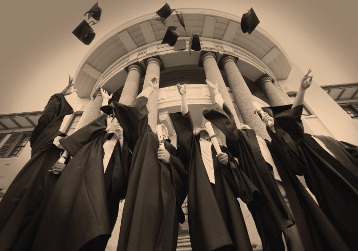 Engaging Alumni and Parents Online